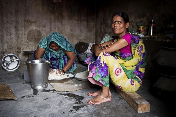 Cuoche di una mensa scolastica _ India 2016