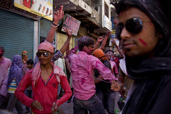 Sfilata di Holi Festival in Mathura _ India 2016