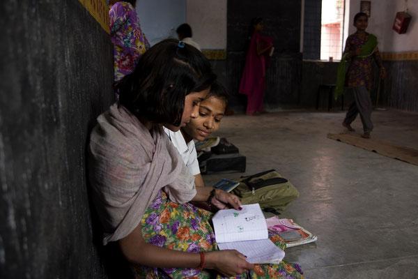 Bambine a scuola _ India 2016