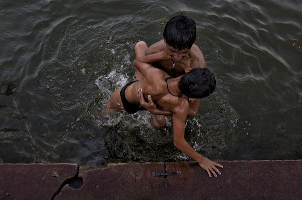 Ragazzi a Varanasi _ India 2016