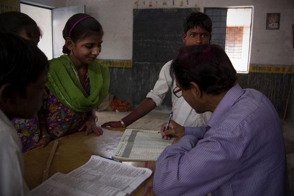 Bambini a scuola _ India 2016