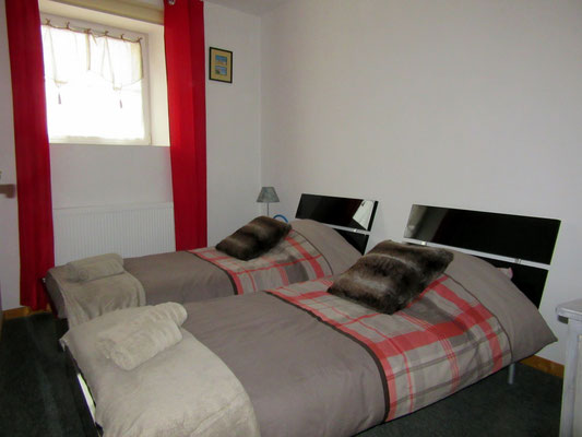 Chambre avec lits séparés - Gîte pour 4 personnes - Meuse