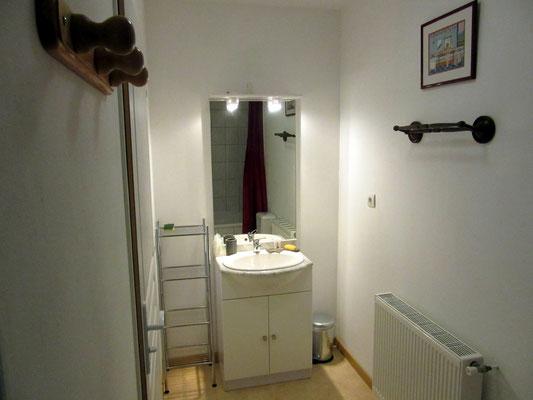 Salle de bain - 1er étage - Gîte la grange à foin