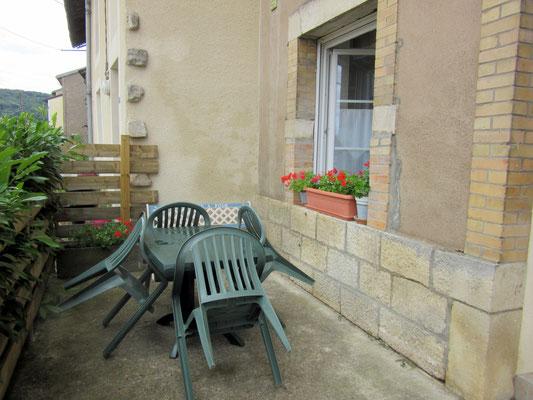 Petite terrasse du meublé de tourisme