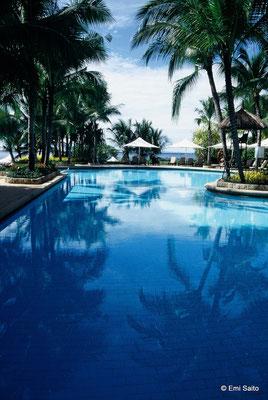 *シャングリラ マクタン アイランド リゾート & スパのプール