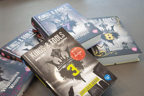 Oetinger34 Verlag – Coverdesign für Jugendbuchserie «Kings & Fools»