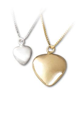 silber klein 130,00 EUR, silber groß 158,00 EUR (Kette + 30,00 EUR) vergoldet auch möglich, bitte anfragen