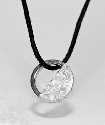 925 Sterling Silber = 177 EUR