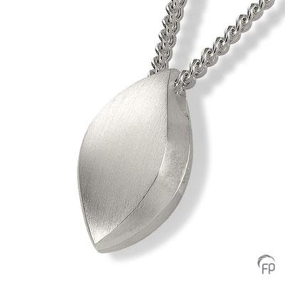 925 Sterling Silber = 137,00 EUR (ohne Kette)