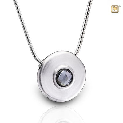 925 Sterling Silber mit Swarovski = 291,00 EUR  inklusive der Kette