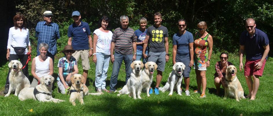 Gruppenbild der Angels vlnr:Anouk, Acey, Cannelle, Shila, Akira, Bobby und Nala
