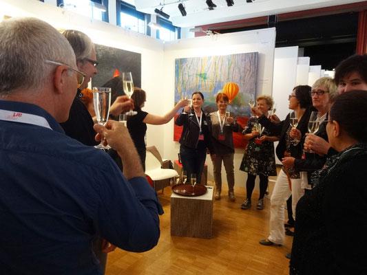 publikumspreis main art 2015 : claudia katrin leyh | gratulation am benachbarten stand