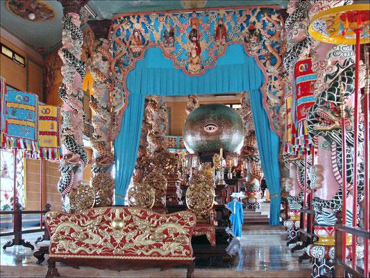Autel Caodaïste à Tay Nhin