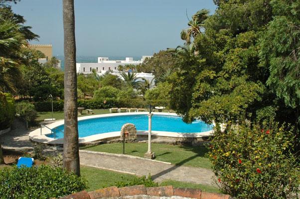 Garten und Pool Winterunterkunft Conil