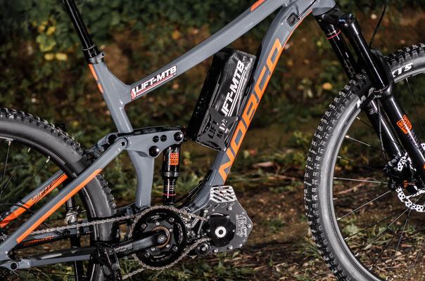 sollevatore elettrico per mountain bike con montaggio a batteria
