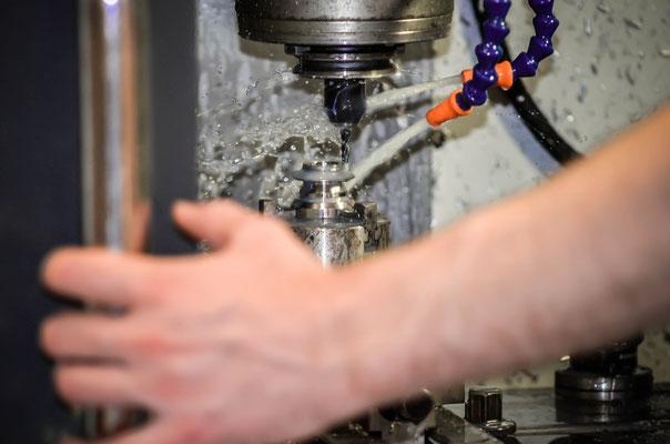 cnc work 8t cogs / usinage cnc pignon