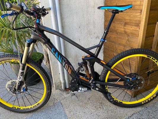 canyon e-bike