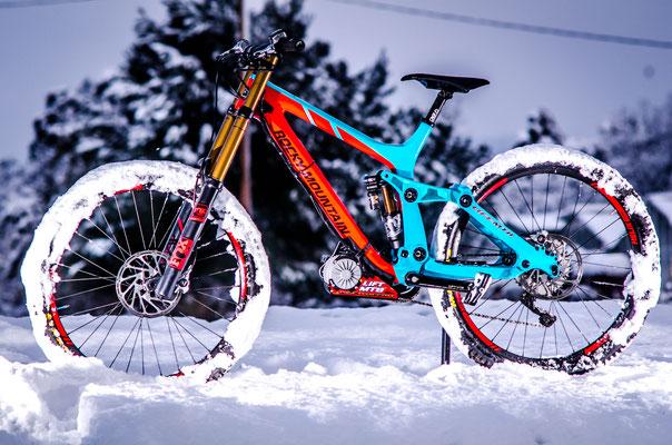 electric snow bike