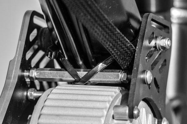 Serrage renfort support moteur.