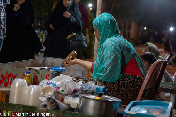 street food in Bandar Abbas