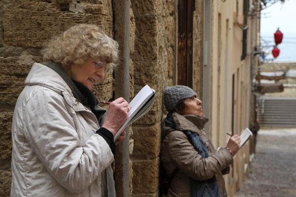aufmerksame Beobachterinnen in Alghero