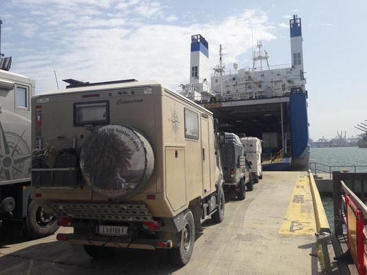 Verschiffung nach Lavrio (GR) mit Salamis