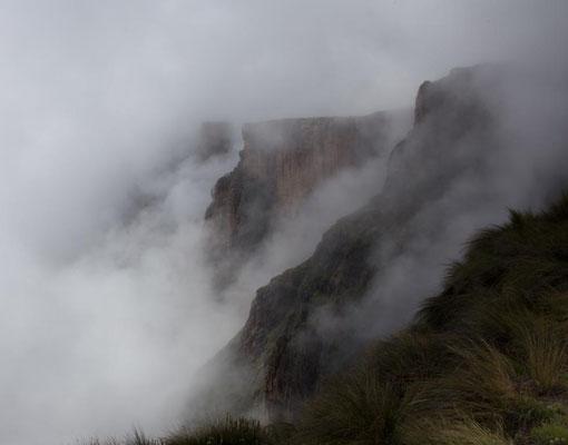 Nebelschwaden am Hochplateau
