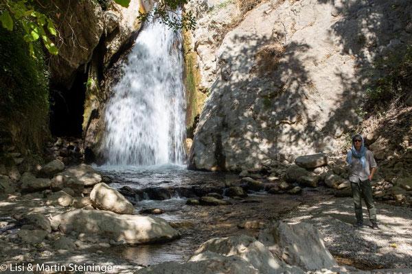Wasserfall an der Bergpiste