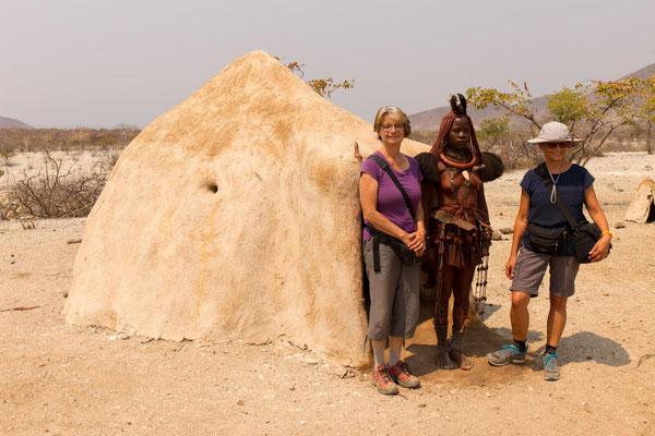Besuch im Himbadorf