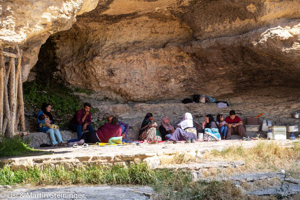 bei den Höhlen von Karaftu