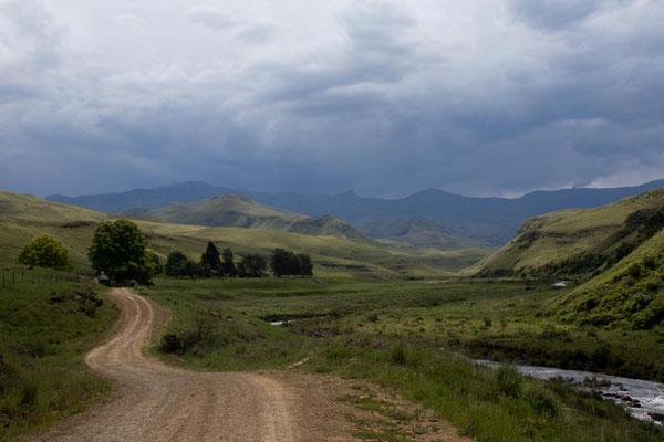 Einfahrt ins Lotheni Nature Reserve