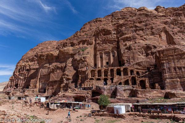 Wand der Königsgräber Petra