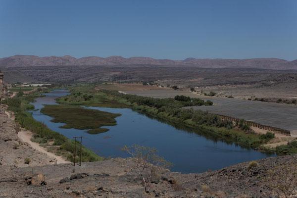 Weinbau am Oranje in Namibia und Südafrika