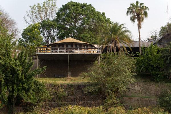 Gwabi River Lodge & Camp