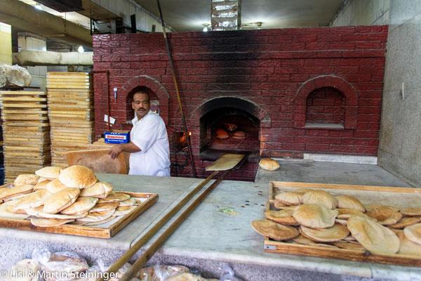 wenn wir nicht selbst backen gibt es hier frisches Brot