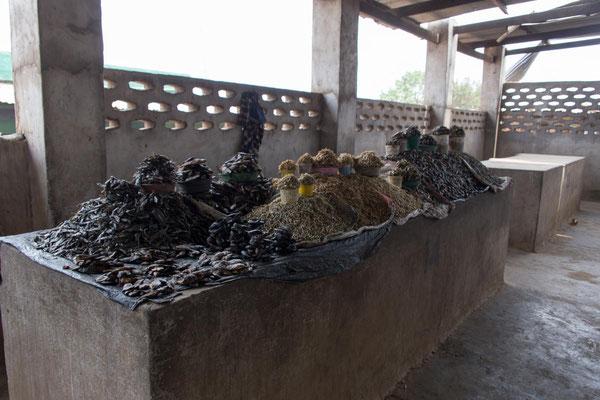 getrocknete Fische am Markt