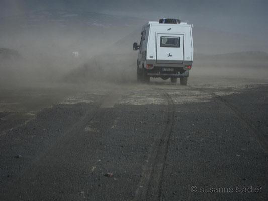 Sandsturm auf der Gaesavatnleid sydri
