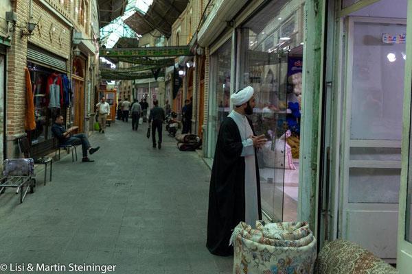 auch Imame gehen einkaufen