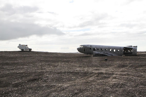 Flugzeugwrak bei Vik