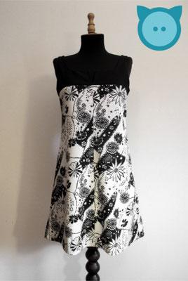 Kleid mit Rückendetail