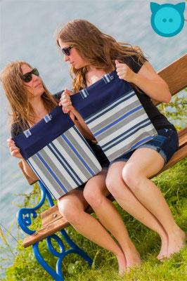 Tasche Uno dunkelblau, Streifen vertikal & dunkelblau, Streifen horizontal | Fotograf: David Kastner