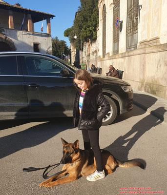 Eva e Chanel 🐶 durante la lezione di addestramento