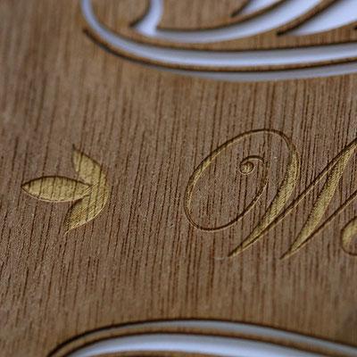 Lasergravur Nußbaum.