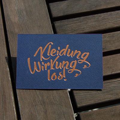 Visitenkarten Vorderseite mit Heißfolienprägung kaschiert mit Farbschnitt