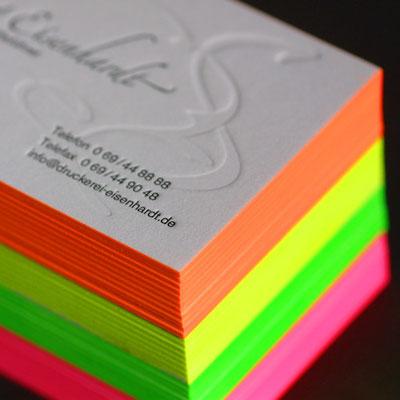 Farbschnitt in Leuchtfarbe