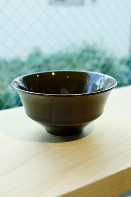 "Arita Pottery Ware ""Kuro Karats""  ¥1,620 ■Pottery ■Size: φ11.5 H6cm ■Microwave &Dishwasher Safe"