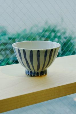 "Arita Porcelain Ware ""Gosu Tokusa""  ¥1,512 ■Pottery ■Size: φ11 H7cm ■Microwave &Dishwasher Safe"