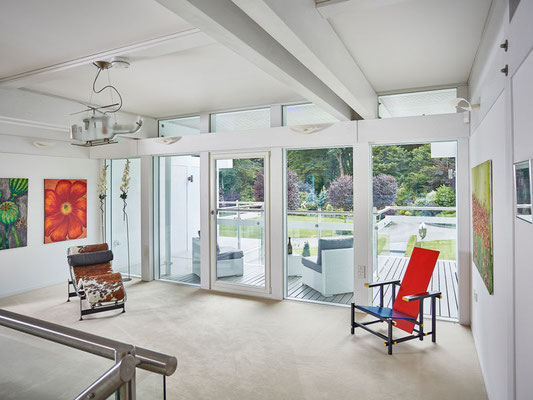 Big Glass Windows for a house filled with light all year round