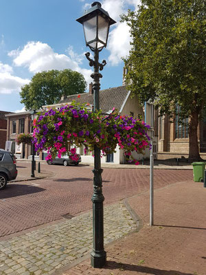 Markt, Tholen