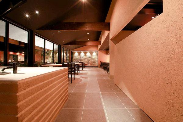 左官職人 久住有生(くすみ なおき)施工作品 飲食店 『ITOH DINING by NOBU』